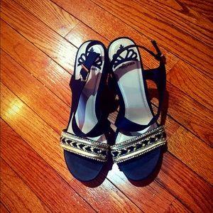 RERGIE Cute Sandal . 8.5 in size.